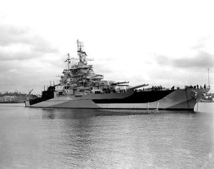 uss_west_virginia_28bb-4829_1944_7