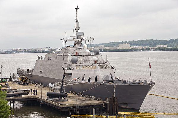 USS Fredom LCS-1