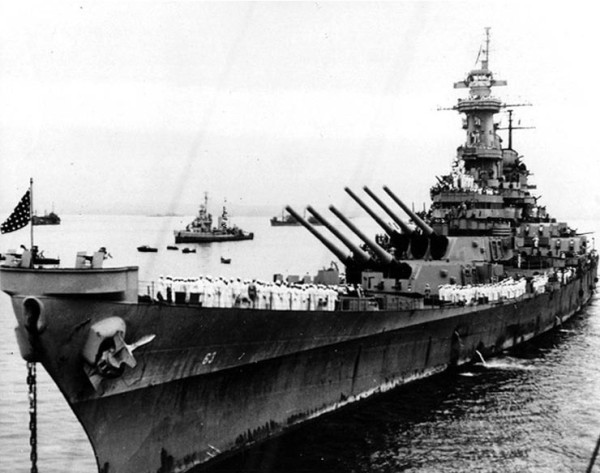 USS Missouri (BB-63) is anchored in Tokyo Bay, Japan, 2 September 1945, the day that Japanese surrender ceremonies were held on her deck.