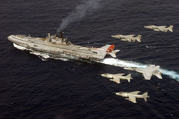 F/A-18F Super Hornet Strike Fighter Squadron 102, F/A-18E Super Hornet Strike Fighter Squadron 27, Indian Navy Sea Harriers, Indian Air Force Jaguars over INS Viraat (R 22).
