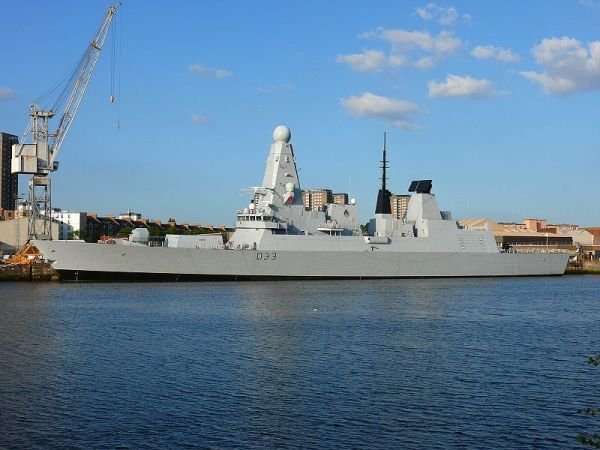 Type 45 destroyer HMS Dauntless. Via Albion and Wikipedia Commons.