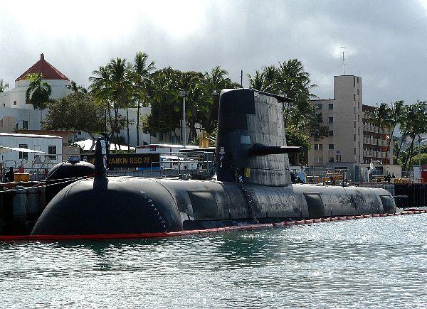 Australian submarine HMAS Rankin (SSG 78) sits pierside at Naval Base Pearl Harbor, Hawaii.